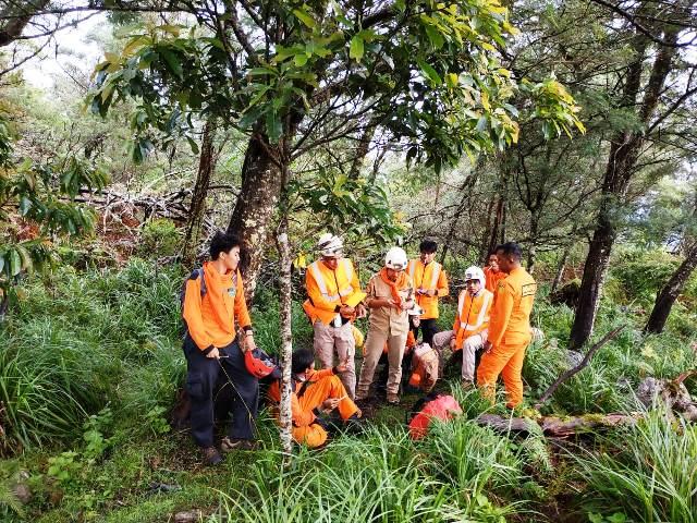 https: img.okeinfo.net content 2019 04 30 340 2050062 liburan-pasca-ujian-nasional-pelajar-hilang-di-gunung-bawakaraeng-AHOQynF4Or.jpg
