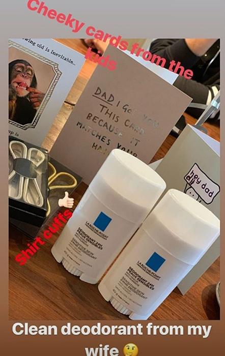 https: img.okeinfo.net content 2019 05 03 196 2051010 ultah-ke-44-tahun-david-beckham-dihadiahi-deodoran-rp-136-ribu-oleh-istri-Etz77NC169.jpg