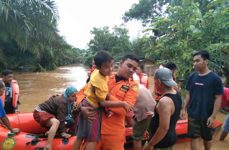 https: img.okeinfo.net content 2019 05 03 340 2050986 pemprov-bengkulu-cek-kondisi-sungai-usai-masa-tanggap-darurat-banjir-LMQnuZTInk.jpg
