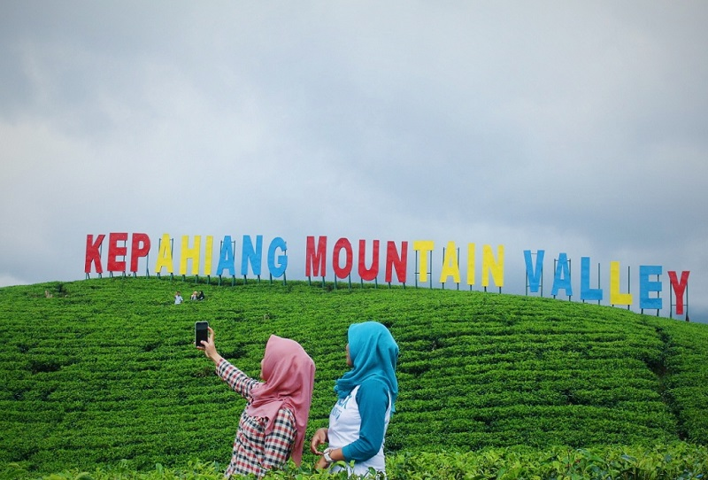 https: img.okeinfo.net content 2019 05 09 406 2053551 kepahiang-mountain-valley-destinasi-wisata-hits-di-bengkulu-kPG85ItaRQ.jpg