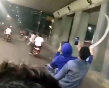 https: img.okeinfo.net content 2019 05 10 338 2053791 video-konvoi-remaja-acungkan-celurit-viral-netizen-giliran-ketangkep-nangis-1poUjQUk0X.JPG