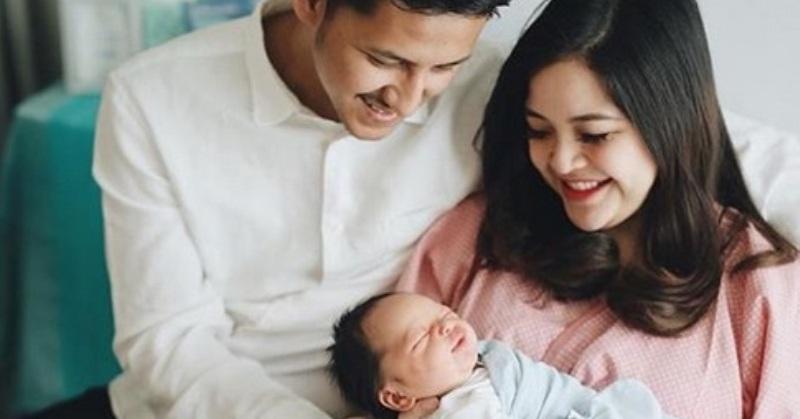 https: img.okeinfo.net content 2019 05 16 33 2056340 melahirkan-putra-pertama-tasya-kamila-diinduksi-sampai-4-kali-gGTMr5OWZc.jpg