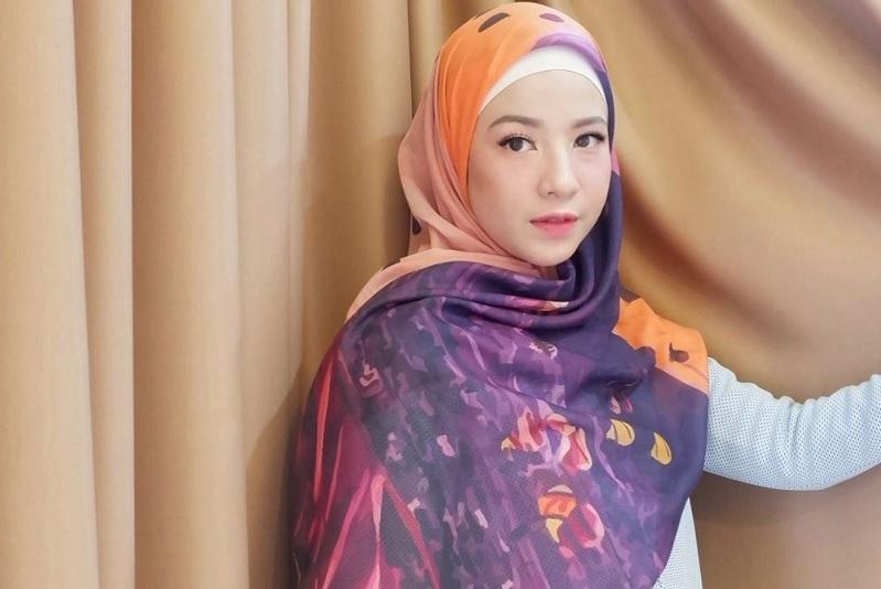 https: img.okeinfo.net content 2019 05 16 33 2056717 natasha-rizki-ingin-khatam-al-quran-meski-tak-puasa-di-ramadan-tahun-ini-1JU4c0I1LJ.jpg