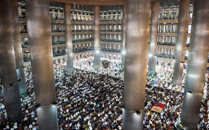 https: img.okeinfo.net content 2019 05 16 470 2056384 cerita-di-balik-renovasi-masjid-istiqlal-a2yx25T3hC.jpg