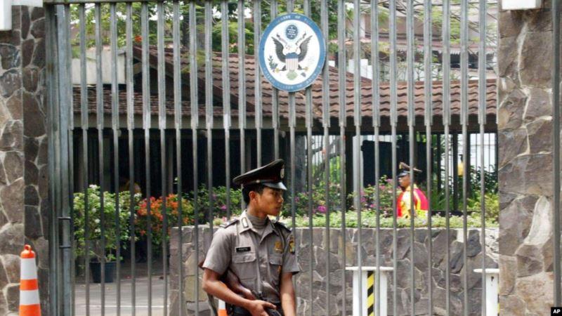 https: img.okeinfo.net content 2019 05 18 337 2057271 as-peringatkan-warganya-di-indonesia-waspada-aksi-teroris-pada-22-mei-2019-KdFu3IdWCM.jpg