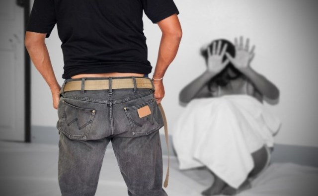 https: img.okeinfo.net content 2019 05 20 18 2057950 gadis-14-tahun-diperkosa-setelah-dijual-keluarganya-rp30-juta-SDQvkWzEj0.jpg