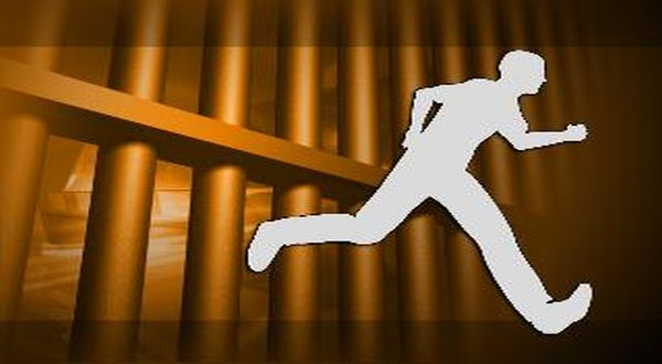 https: img.okeinfo.net content 2019 05 20 340 2058183 5-tahanan-polres-aceh-kabur-usai-berduel-dengan-petugas-VtsxnHq2Q0.jpg