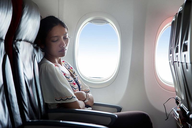 https: img.okeinfo.net content 2019 05 22 406 2058778 6-fitur-tersembunyi-di-pesawat-yang-tidak-diketahui-penumpang-WlptHsiTDl.jpg