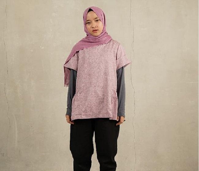 https: img.okeinfo.net content 2019 05 23 194 2059540 5-gaya-hijab-anti-ribet-ala-nissa-sabyan-hingga-zaskia-mecca-cocok-untuk-liburan-MReEU52ue9.jpg
