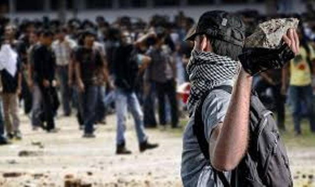 https: img.okeinfo.net content 2019 05 23 337 2059292 peristiwa-23-mei-belanda-merdeka-dari-spanyol-hingga-kerusuhan-jumat-kelabu-tXAgSmJIGK.jpg