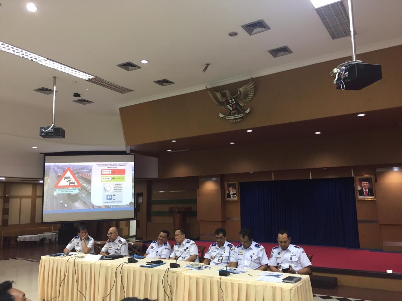 Kemenhub Investigasi Harga Tiket Pesawat Jakarta Surabaya