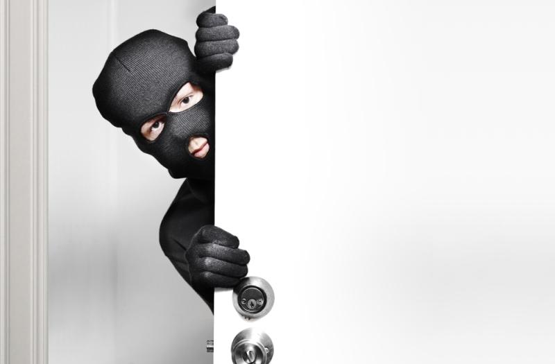 https: img.okeinfo.net content 2019 05 29 340 2061713 polisi-ingatkan-pemudik-untuk-waspadai-pencurian-rumah-kosong-ECoHAT1xCK.jpg