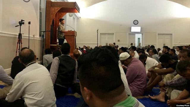 https: img.okeinfo.net content 2019 05 30 18 2062061 kisah-dua-hafiz-muda-indonesia-jadi-imam-tarawih-di-amerika-aAcjW9CiV7.jpg