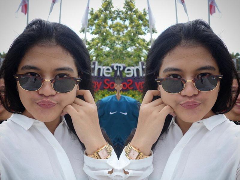 https: img.okeinfo.net content 2019 05 31 194 2062335 5-gaya-keren-kahiyang-ayu-kenakan-kacamata-cantik-mirip-raisa-EZYBtyanP9.jpg