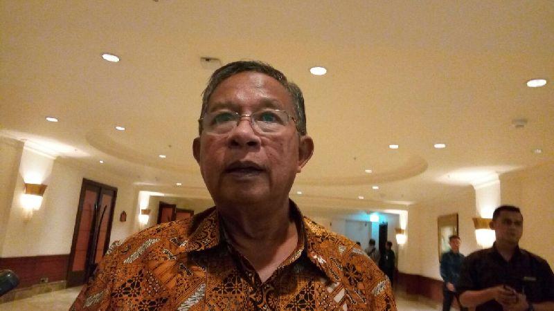https: img.okeinfo.net content 2019 05 31 20 2062659 s-p-naikkan-rating-indonesia-menko-darmin-utang-pemerintah-relatif-rendah-6MHAc2s8JV.jpg