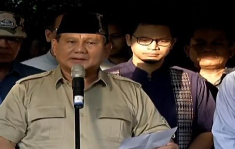 https: img.okeinfo.net content 2019 06 03 337 2063454 prabowo-ani-yudhoyono-istri-yang-mendukung-suaminya-cerdas-dan-sangat-loyal-2PmrF6fkIp.jpg