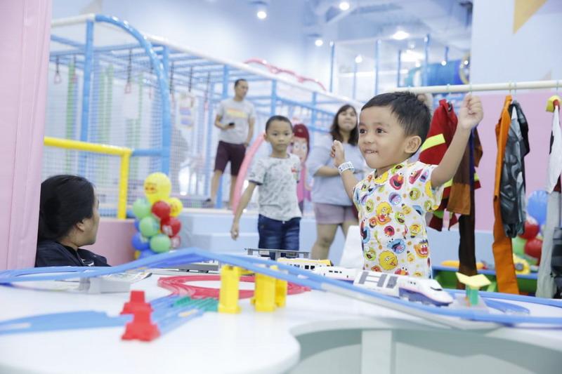 https: img.okeinfo.net content 2019 06 10 406 2065052 arena-permainan-ini-membantu-mengasah-motorik-halus-dan-perkembangan-anak-lunSCz0fUT.jpg