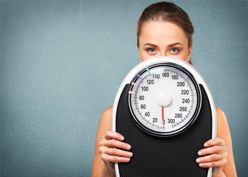 Wanita dengan PCOS biasanya akan mengalami berat badan naik dengan tiba-tiba.