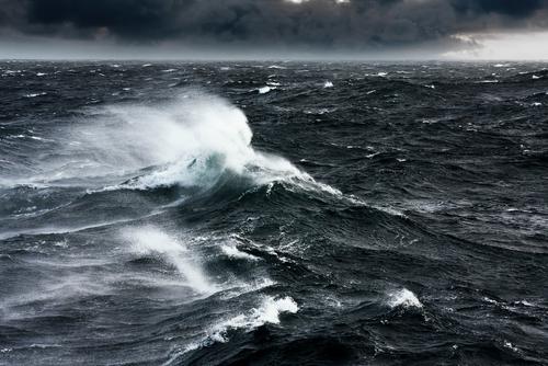 https: img.okeinfo.net content 2019 06 12 340 2065842 bmkg-keluarkan-peringatan-gelombang-tinggi-di-perairan-banten-jvjI4mDBRW.jpg
