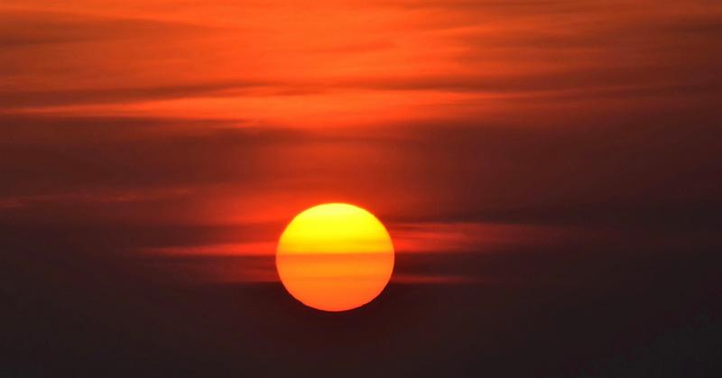 https: img.okeinfo.net content 2019 06 12 612 2065796 heboh-fenomena-alam-2-matahari-di-amerika-dan-kanada-ini-faktanya-1nZtG8VE99.jpg