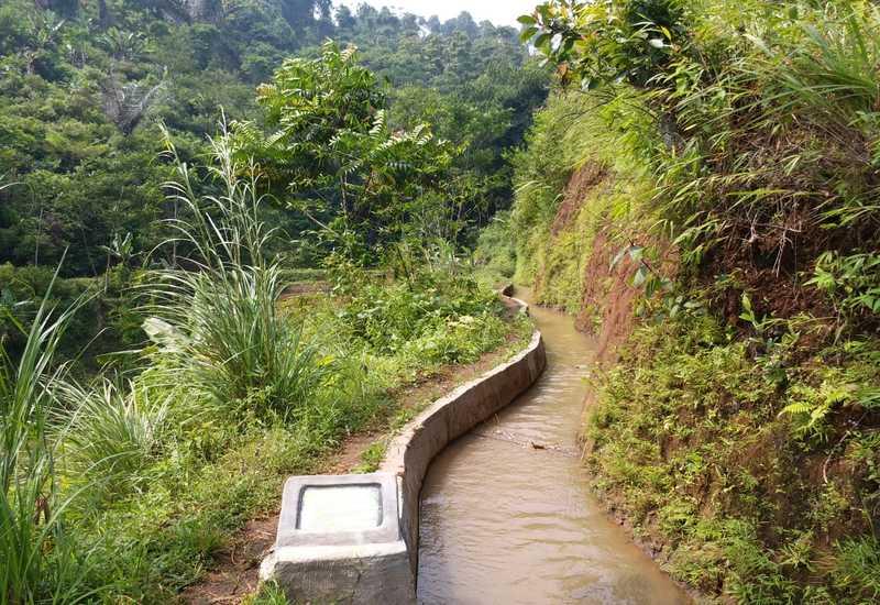 https: img.okeinfo.net content 2019 06 13 1 2065906 hadapi-kemarau-kementan-genjot-pembangunan-irigasi-pertanian-iihCxKIWng.jpg