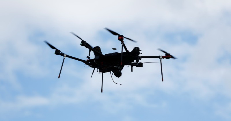 https: img.okeinfo.net content 2019 06 14 207 2066538 uber-manfaatkan-teknologi-drone-untuk-pengiriman-makanan-QdKli6tGNw.jpg