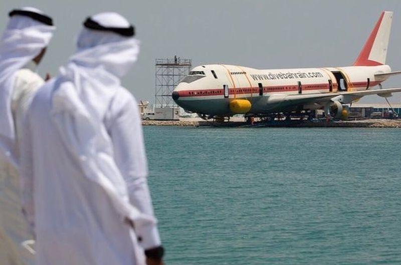 https: img.okeinfo.net content 2019 06 14 406 2066565 bahrain-tenggelamkan-pesawat-boeing-747-ngikutin-menteri-susi-RH4xXFXsPO.jpg