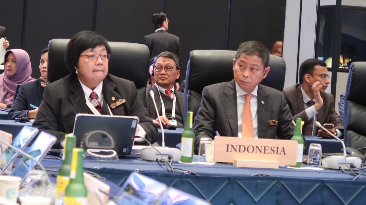 https: img.okeinfo.net content 2019 06 15 337 2066825 pertemuan-g20-menteri-lhk-paparkan-pembangunan-rendah-karbon-di-indonesia-4kGbITyNUG.jpg
