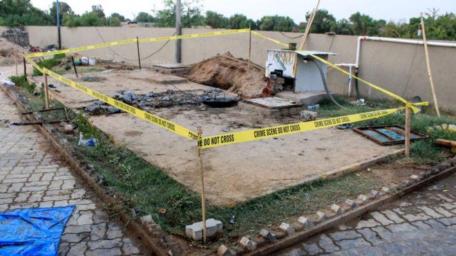 https: img.okeinfo.net content 2019 06 16 18 2066986 tujuh-orang-tewas-saat-bersihkan-septic-tank-sebuah-hotel-di-india-mnJ3RLMA7w.jpg