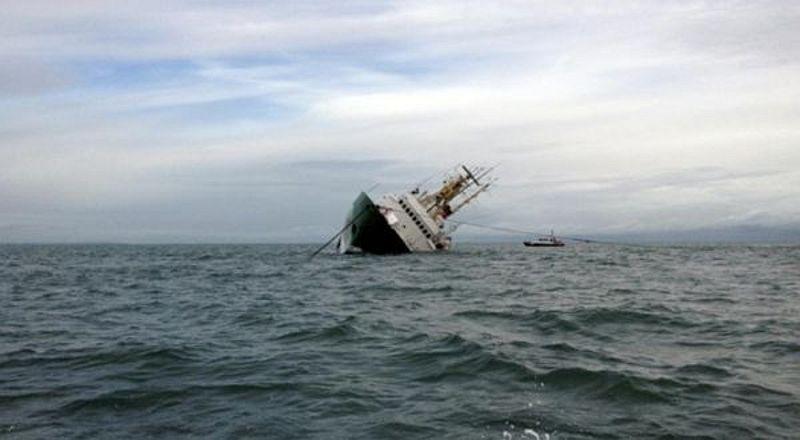 https: img.okeinfo.net content 2019 06 19 519 2068159 ditemukan-jenazah-perempuan-korban-kapal-tenggelam-di-sumenep-jadi-19-orang-qPhzT5A8U3.jpg