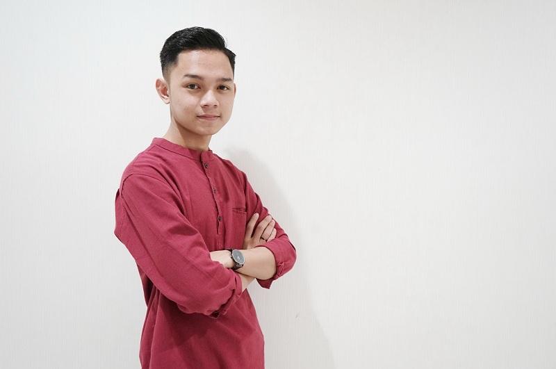 https: img.okeinfo.net content 2019 06 22 33 2069751 jadi-juara-abi-bagikan-tips-sukses-pada-peserta-audisi-kdi-2019-di-makassar-nzhNNcDdYl.jpg