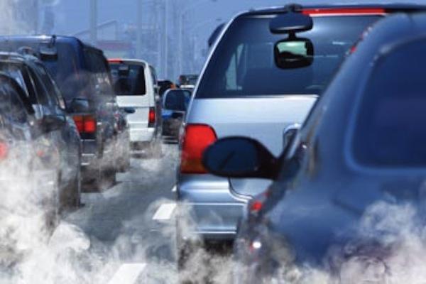 https: img.okeinfo.net content 2019 06 24 15 2070368 kena-aturan-emisi-ratusan-ribu-mobil-bekas-dibuang-ke-polandia-qLru3IeUdd.jpg
