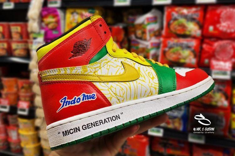 https: img.okeinfo.net content 2019 06 24 194 2070140 dibanderol-rp3-3-juta-sneakers-air-jordan-indomie-bakal-dipamerkan-di-indonesia-custom-con-aVgzq554Q6.jpg