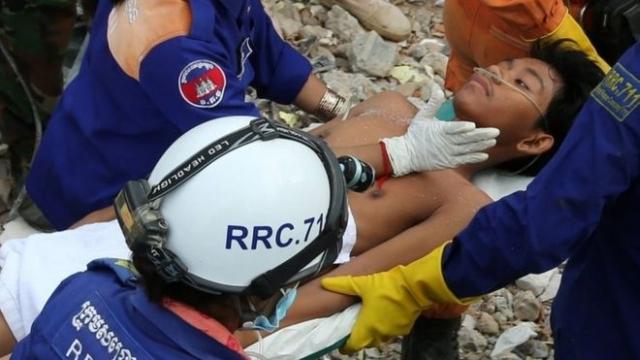 https: img.okeinfo.net content 2019 06 25 18 2070605 cerita-korban-selamat-tertimbun-gedung-runtuh-di-kamboja-saya-tidak-punya-harapan-hidup-SalFwvJ0C4.jpg