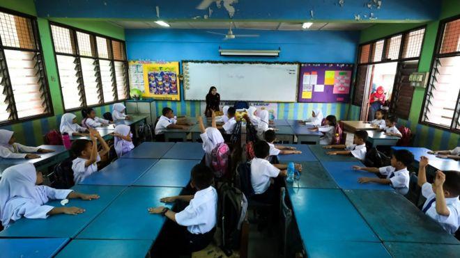 https: img.okeinfo.net content 2019 06 25 18 2070842 puluhan-anak-keracunan-lebih-dari-400-sekolah-di-malaysia-ditutup-VVrmem1NUM.jpg