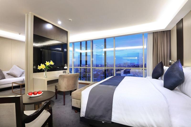 https: img.okeinfo.net content 2019 06 26 12 2071304 archipelago-international-buka-hotel-baru-di-area-bisnis-jakarta-barat-rexfIth8Qh.jpg