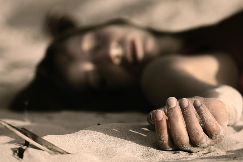 https: img.okeinfo.net content 2019 06 27 338 2071856 mayat-perempuan-dengan-kondisi-terikat-ditemukan-di-selokan-bekasi-AVOyuoSVR4.jpg