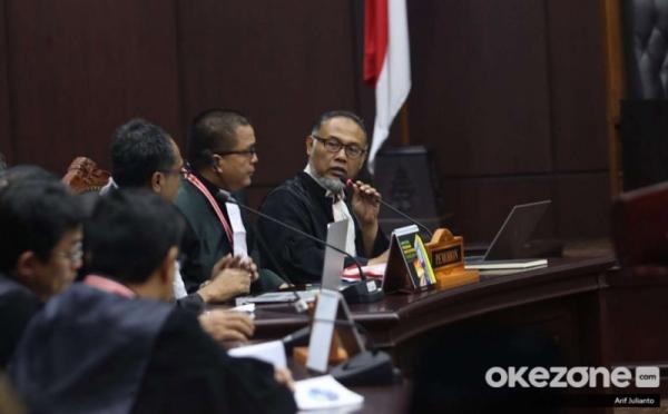 https: img.okeinfo.net content 2019 06 27 605 2071875 keok-di-sidang-mk-tim-hukum-prabowo-sandi-ucapkan-terima-kasih-ke-masyarakat-indonesia-0AlJpS4snP.jpg