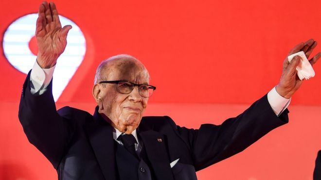 https: img.okeinfo.net content 2019 06 28 18 2072058 presiden-tunisia-dirawat-di-rumah-sakit-karena-krisis-kesehatan-parah-SDAaHQ6e7U.jpg