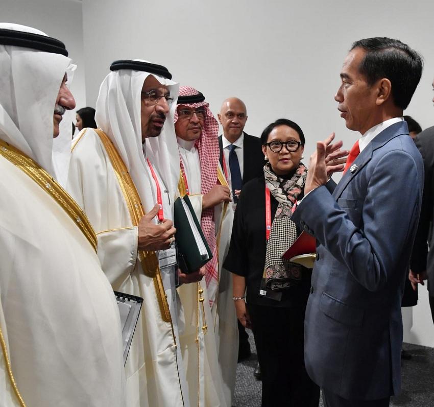 https: img.okeinfo.net content 2019 06 29 320 2072591 presiden-jokowi-lirik-kerjasama-di-sektor-perumahan-dan-kereta-api-di-arab-saudi-b20LjbVE7B.jpeg