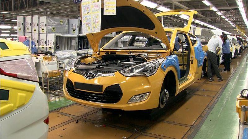 https: img.okeinfo.net content 2019 07 01 15 2073300 hyundai-siap-lahirkan-4-model-mobil-di-pabrik-barunya-di-karawang-FaxuH1xVND.jpg