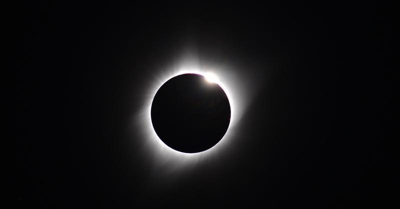 Hasil gambar untuk gerhana matahari