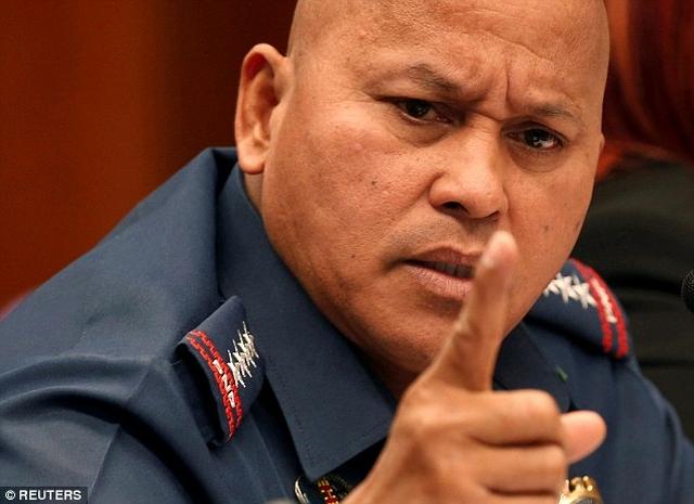 https: img.okeinfo.net content 2019 07 05 18 2075208 balita-tewas-saat-penangkapan-bandar-narkoba-politisi-filipina-dunia-tidak-sempurna-y0oCpWLNLf.jpg
