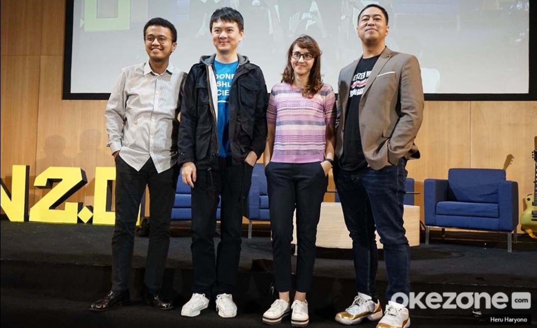 https: img.okeinfo.net content 2019 07 06 207 2075503 the-light-indonesia-gelar-konferensi-anak-muda-4-0-bahas-teknologi-hingga-esports-so5rlfREuz.jpg