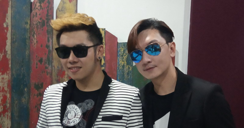 https: img.okeinfo.net content 2019 07 08 205 2076315 demi-karier-di-indonesia-andromeda-asal-brunei-siapkan-lagu-bahasa-jawa-IkNmfh2gqq.jpg