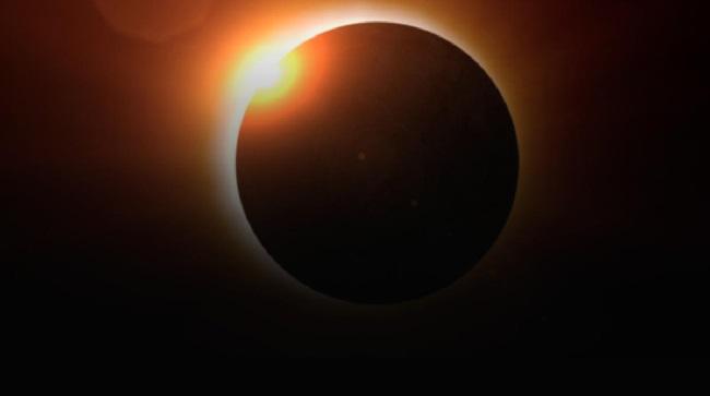 https: img.okeinfo.net content 2019 07 12 56 2077911 intip-video-terjadinya-gerhana-matahari-dari-tangkapan-netizen-OLJA0DwDrs.jpg