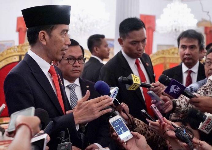 https: img.okeinfo.net content 2019 07 16 337 2079455 lantik-perwira-tni-polri-jokowi-buatlah-indonesia-jaya-vJ4cnuSHqM.JPG