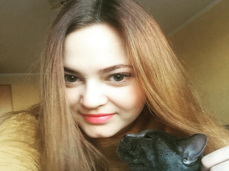https: img.okeinfo.net content 2019 07 17 194 2080193 umbar-foto-syur-pns-anna-anufrieva-ternyata-tidak-dipecat-ini-testimoninya-pfl9UjOpva.jpg