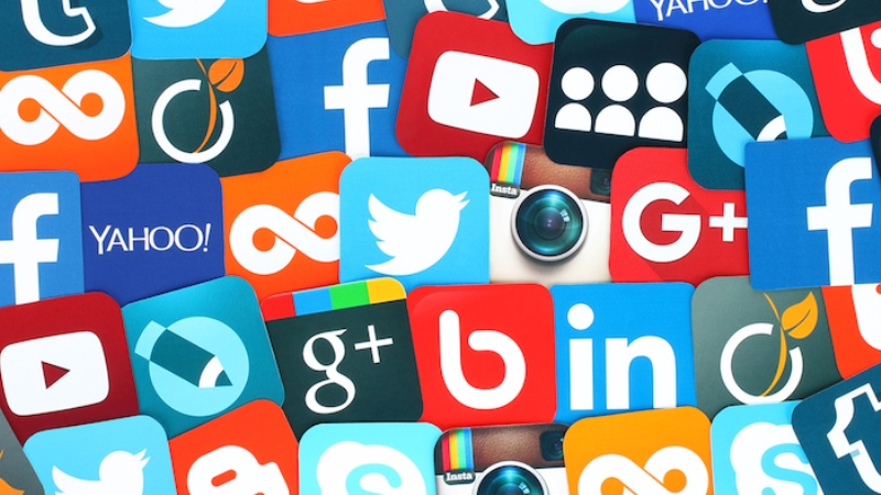 https: img.okeinfo.net content 2019 07 17 207 2080244 media-sosial-lebih-picu-depresi-ketimbang-bermain-game-SeX9oJ8iIF.jpg