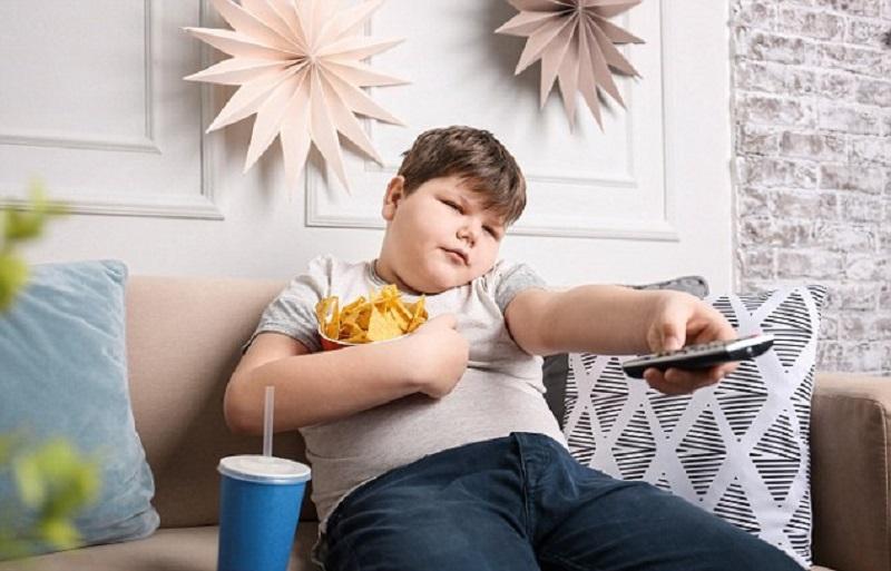 https: img.okeinfo.net content 2019 07 18 481 2080577 para-ibu-harus-tahu-ini-cara-mencegah-anak-obesitas-yUcGkAkRU8.jpg